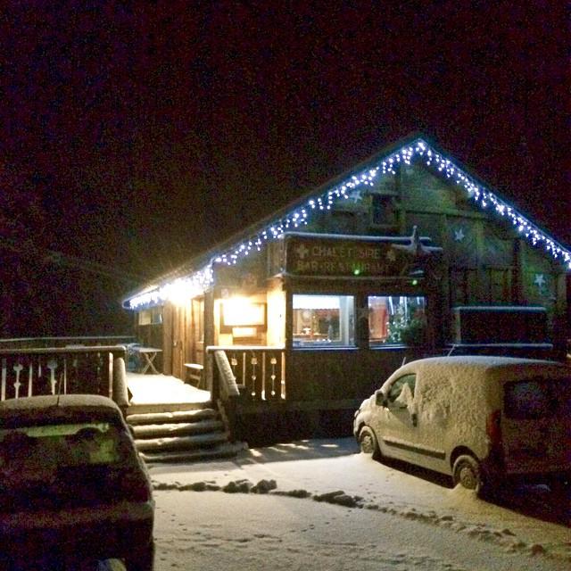 Elle arrive #neige #chalet #montagne